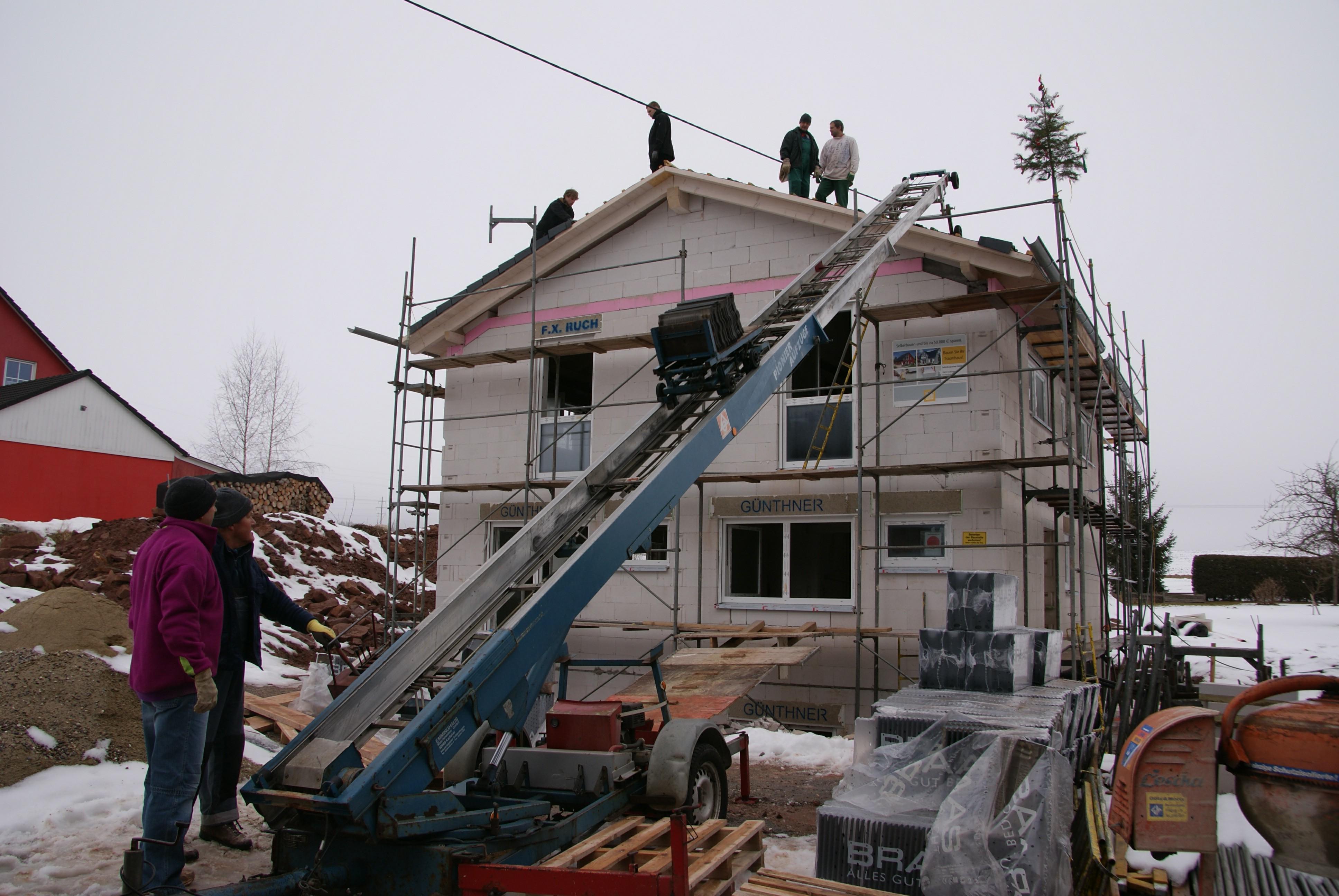 endlich dach decken wiedmannshaus. Black Bedroom Furniture Sets. Home Design Ideas